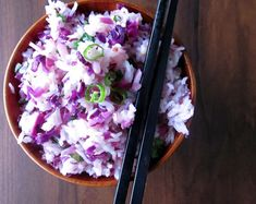 Simple Chinese Fried Rice made with red cabbage and scallions. Rice Bowls, Rice Dishes, Napa Cabbage Recipes, Purple Rice, Blue Yellow, Asian Rice, Human Nutrition, Different Vegetables, Food Staples