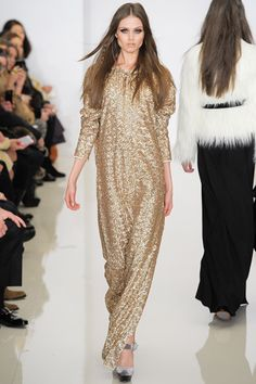 – By Teresa Greenfeld – In Rachel Zoe's fashion fantasy world, we would all look like fabulous jet-set 1970's rock-stars. Her collection for Fall 2012 proved that her yea…