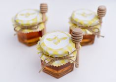 You'll Love This Sweet Bee Themed Party - Make Life Lovely