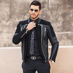 Que Style Black Luxuoso com Jaqueta Poderosa... E aí Meninos Curtiram??? . . . #grifedorei #grife #stylish #swag #fashionstyle #fashionista #streetfashion #streetstyle #riodejaneiro #instafamous #modahomem #fashionblogger #styleblogger #menwithstyle #saopaulo #minasgerais #model #lookbook #instastyle #men #mens #mensfashion #menstyle #mensstyle #gentleman #fashiondiary #brasilia #menswear #manaus #outfitoftheday