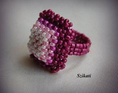 10 % RABATT! Lila - rosa Statement halblange Seed Bead Cocktail-Ring, Perlen Mode-Schmuck, Damen Perlenstickerei Accessoire, Geschenk für sie, OOAK