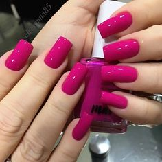 Magenta Glam da Avon By · · · · · · ·… in 2019 Magenta Nails, Pink Nails, Perfect Nails, Gorgeous Nails, Stylish Nails, Trendy Nails, Nail Paint Shades, Short Square Nails, Luxury Nails
