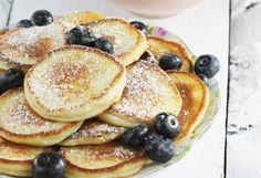 Przepisy: paczki z serka chomogenizowanego Waffles, Pancakes, Polish Recipes, Strudel, Disney Food, How Sweet Eats, Fritters, I Foods, Sweet Tooth