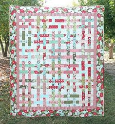 A basket weave quilt ~~ another one on my wish list.  I'm thinking with the Ruby fabric.....