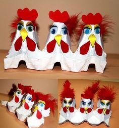 Met de kippen op stok - gemaakt van een lege eierdoos. Zie de Activitheek van www.doenkids.nl