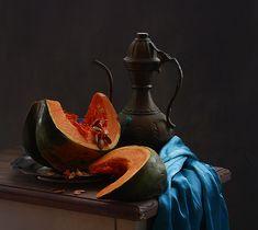 photo: натюрморт с тыквой и старым кувшином | photographer: inna korobova | WWW.PHOTODOM.COM