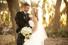 For your wedding day, add some lovely traditions ans Irish wedding customs to make an outstanding event. It will surely be memorable!