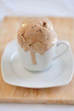 Espresso ice cream, with out ice cream maker - Gourmandises - Coffee Recipes Sherbet Ice Cream, Yogurt Ice Cream, Coffee Ice Cream, Vegan Ice Cream, No Cook Desserts, Frozen Desserts, Cookie Desserts, Easy Desserts, Dessert Recipes