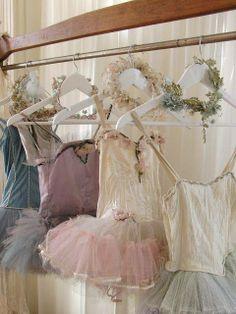 Love these Vintage Ballet Tutus! Tutu Ballet, Ballerina Dancing, Ballerina Outfits, Ballet Bag, Ballerina Slippers, Ballet Dancers, Ballet Costumes, Dance Costumes, Baby Costumes