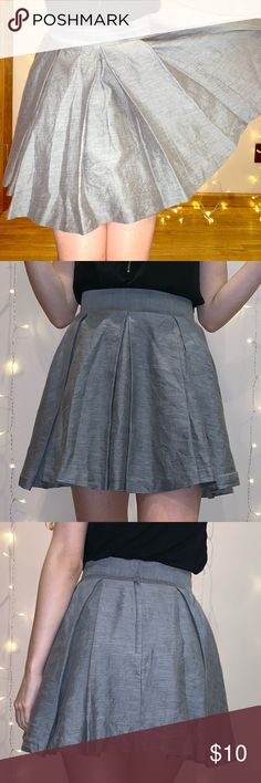 81b19564c2 Grey H&M Pleated Mini Skirt This skirt is not only a waist-snatcher, but