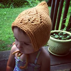 Ravelry: Little Sprout Bonnet pattern by Melissa LaBarre Knitting For Charity, Baby Hats Knitting, Knitting For Kids, Knitting Projects, Knitted Hats, Knitting Patterns, Sewing Patterns, Knit Crochet, Crochet Hats