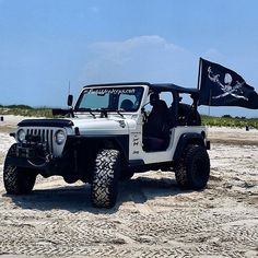 Jeeps on Beaches, it's only natural ___________________________________ @mpatrickz is REPPIN #jeepbeef #jeep __________________________________ www.jeepbeef.com is where you order your Jeepbeef decals and merchandise #Padgram Jeep Tj, Jeep Wrangler Tj, Jeep Truck, Inspirational Photos, Jeep Stuff, Beach Camping, August 2014, Fly Fishing, Awesome