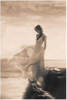 Anna Campbell takes Malibu