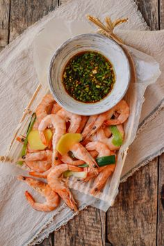 chinese boiled shrimps with garlic