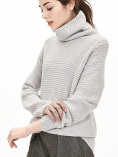 Our Todd & Duncan 100% cashmere textured turtleneck will keep you cozy all season long. Perfect to pair with trousers or a skirt for a warm winter outfit | Banana Republic