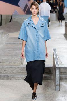 Spring 2015 Ready-to-Wear - Kenzo  #Apostolicfashion #modestfashion #modestdress #tzniutfashion #classicdress #formaldress #kosherfashion #apostolicclothing