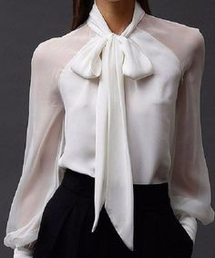 - Blouse - Camisa branca com transparência White shirt with transparency Business Outfits, Business Attire, Classy Outfits, Casual Outfits, Paris Chic, Elegantes Outfit, Looks Chic, Work Attire, Mode Inspiration