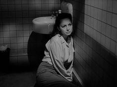 Olivia de Havilland: Virginia Stuart Cunningham - The Snake Pit: Snakes Pit, Samaritan