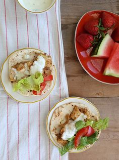 Easy weeknight meals part chicken gyros, broccoli rabe sausage pasta, 2 ingredient chicken tacos Chicken Gyro Recipe, Chicken Gyros, Chicken Recipes, Easy Eat, Eat Lunch, Crockpot Dishes, Cooking Recipes, Healthy Recipes, Easy Weeknight Meals