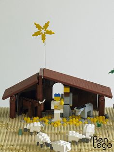 LEGO Christmas nativity scene My uncle asked me to make a stable for his Nativity Scene minifigures. Link for the instructions of the Nativity Scene minifigures: staff.html - Lego Christmas Christmas Activities, Christmas Crafts For Kids, Christmas Traditions, Holiday Crafts, Holiday Fun, Christmas Printables, Lego Christmas Ornaments, Christmas Nativity Scene, Noel Christmas