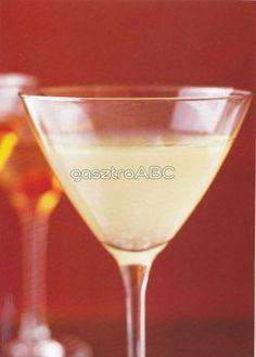 White Lady koktél | Receptek | gasztroABC Cocktails, Drinks, Martini, Food And Drink, Cooking Recipes, Lady, Tableware, Foods, Craft Cocktails