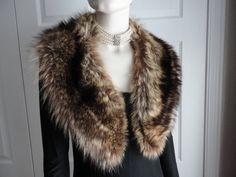 Vintage Fluffy Raccoon Fur Collar 60s Chic by LoukiesWorld on Etsy, $75.00