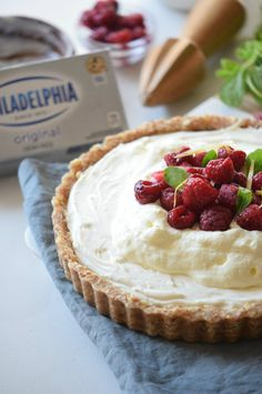 Super delicious and easy No-Bake Raspberry Cream Cheese Tart. Only 7 ingredients…