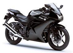 ... six motorcycle for women, The Kawasaki Ninja is for you biker girl