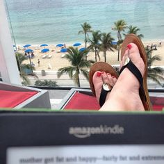 22 Priceless E-Reader Photos That Will Make You Want to Go Read NOW