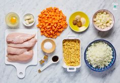 Katsu Chicken Curry - Pinch Of Nom Pinch Of Nom, Dairy Free Diet, Slimming Recipes, Carrots And Potatoes, Chicken Curry, Garam Masala, Tortilla Chips, Meal Planner, Curry Recipes