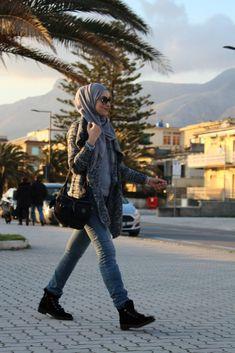 New hijabi winter outfit #sofiaabad #picoftheday #grayoutfit