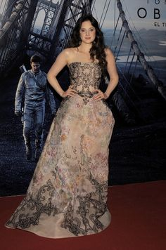Andrea Riseborough wearing Elie Saab Couture  at the 'Oblivion' Buenos Aires Premiere