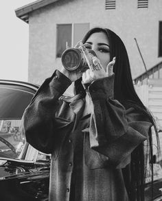 Gangsta Girl, Badass Aesthetic, Bad Girl Aesthetic, Aesthetic Outfit, Aesthetic Grunge, Boujee Aesthetic, Soul Musik, Estilo Chola, Rauch Fotografie