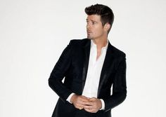 I think I'm in love...#Robin Thicke
