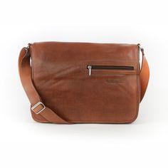 Messenger bag made from genuine italian calfskin.