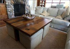 table basse rectangulaire et quatre poufs beiges