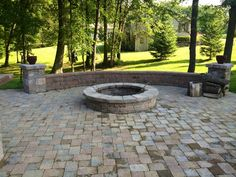 Google Image Result for http://cpslawncare.com/wp-content/gallery/patios-firepits/patios-and-firepit.jpg
