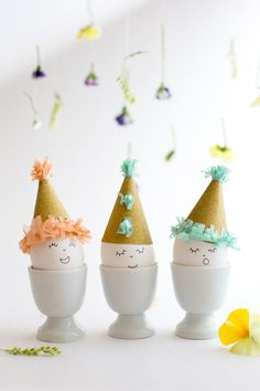 DIY Easter Eggs in Party Hats