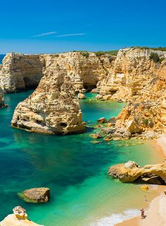 With 14 UNESCO sites, one of the world's oldest wine regions and the stunning Algarve coastline, this European destination should be topping your bucket list. Algarve, World Photography, Travel Photography, Vacation Trips, Vacation Spots, Beaches In The World, Wanderlust Travel, Where To Go, Menorca