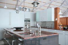 Industrial style modern kitchen Home Kitchens, Modern Kitchens, Industrial Style, Backsplash, Kitchen Remodel, Kitchen Island, House Design, Modern Faucets, Kitchen Ideas