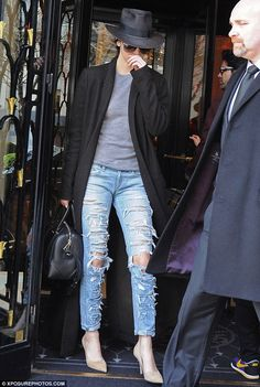 Kendall Jenner arrives in France for Paris Haute Couture Fashion Week #dailymail