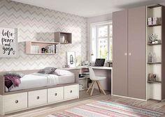 Dormitorio juvenil: Habitación juvenil con compacto, armario y escritorio angular. | habitación juvenil equipada con un armario recto con terminal estantería. La cama es un compacto b