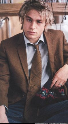 a young Charlie Hunnam -