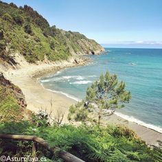 Spring day at the secluded Oleiros beach - not easy to find but totally worth it! Did you EVER had the entire beach just for yourself?
