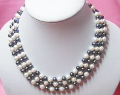 3 strands 7-8mm Black White Freshwater pearl Necklace White Freshwater Pearl, Freshwater Pearl Necklaces, Beaded Jewelry, Beaded Necklace, Fashion Hub, Gem Stones, Jewellery Making, Strands, Fresh Water