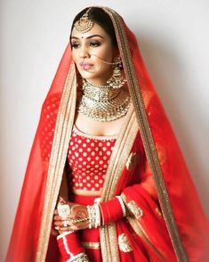 19 Super Dazzling Real Brides That Slayed in the Nude Makeup Look Indian Wedding Makeup, Indian Bridal Outfits, Indian Bridal Fashion, Indian Bridal Wear, Bridal Dresses, Indian Dresses, Indian Wear, Shadi Dresses, Indian Makeup