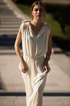 Tendencias de moda para las noches de primavera: vestido de See by Chloé