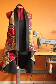 Light jacket african fabric fully lined in black
