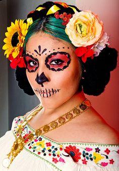Photo Mix: Halloween Make-up. HQ image: http://www.facebook.com/media/set/?set=a.548601015169032.139343.518805924815208