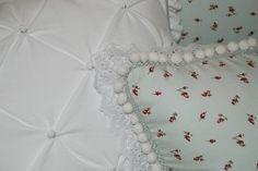 almofadas quarto de bebe
